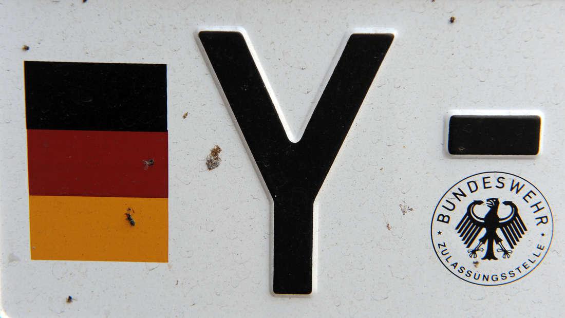 Warum haben eigentlich alle Bundeswehr-Fahrzeuge ein Y-Kennzeichen?