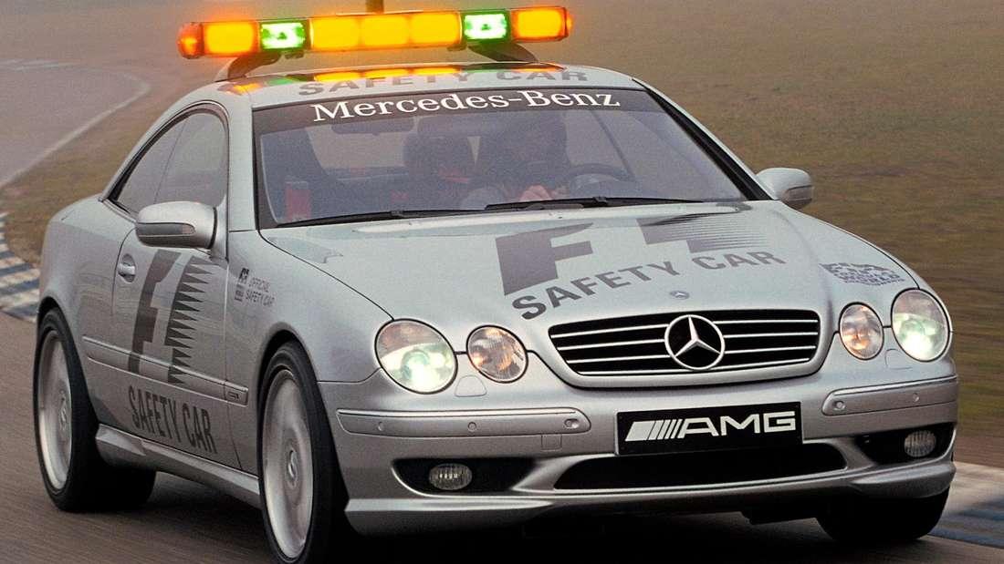 Mercedes-Benz CL 55 AMG der Baureihe C 215, Einsatz als offizielles Safety Car in der Formel-1-Saison 2000.