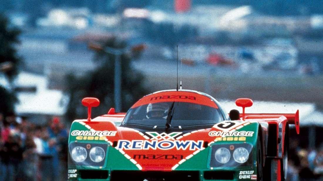 Ein Mazda Typ 787B bei den 24 Stunden von Le Mans.