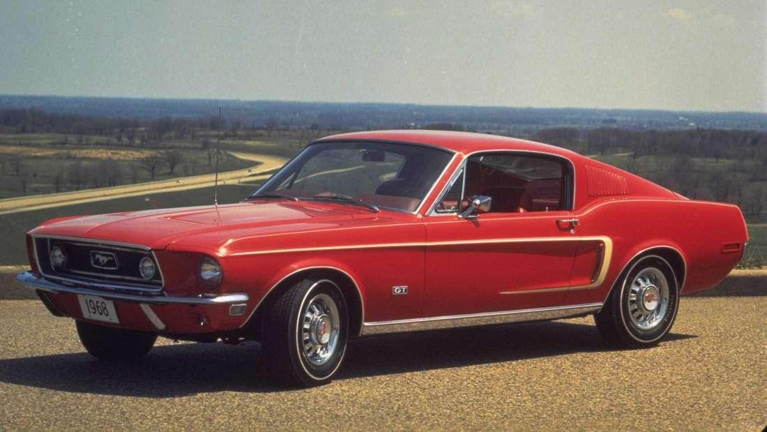 1968er Ford Mustang Fastback in rot