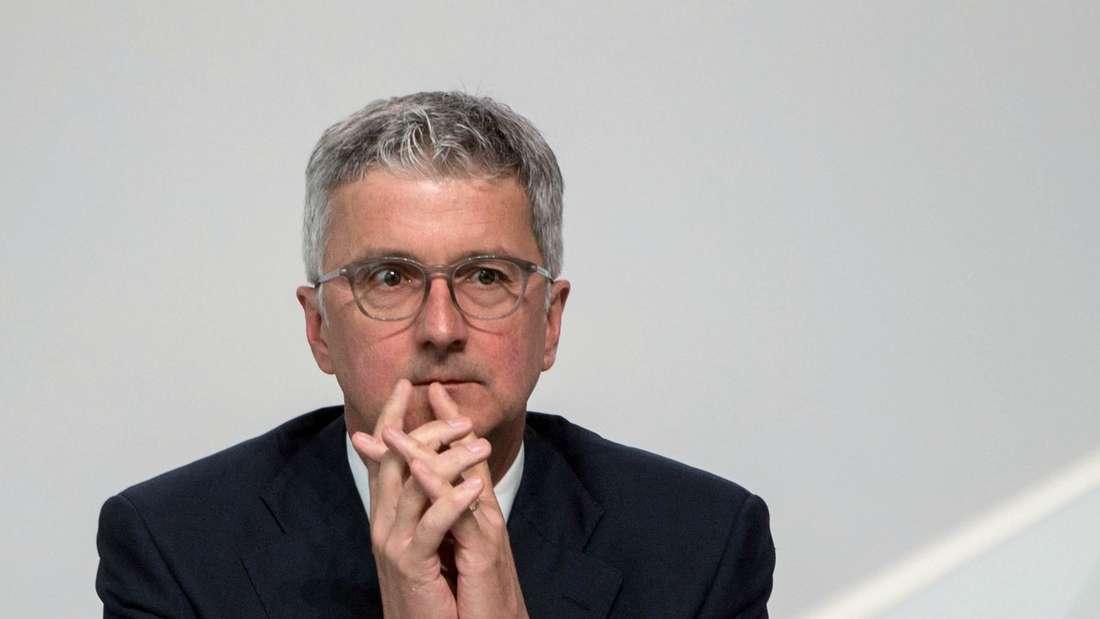 Der Vorstandsvorsitzende der Audi AG, Rupert Stadler, sitzt am 18.05.2017 bei der Hauptversammlung der Audi AG in Neckarsulm (Baden-Württemberg) auf dem Podium.