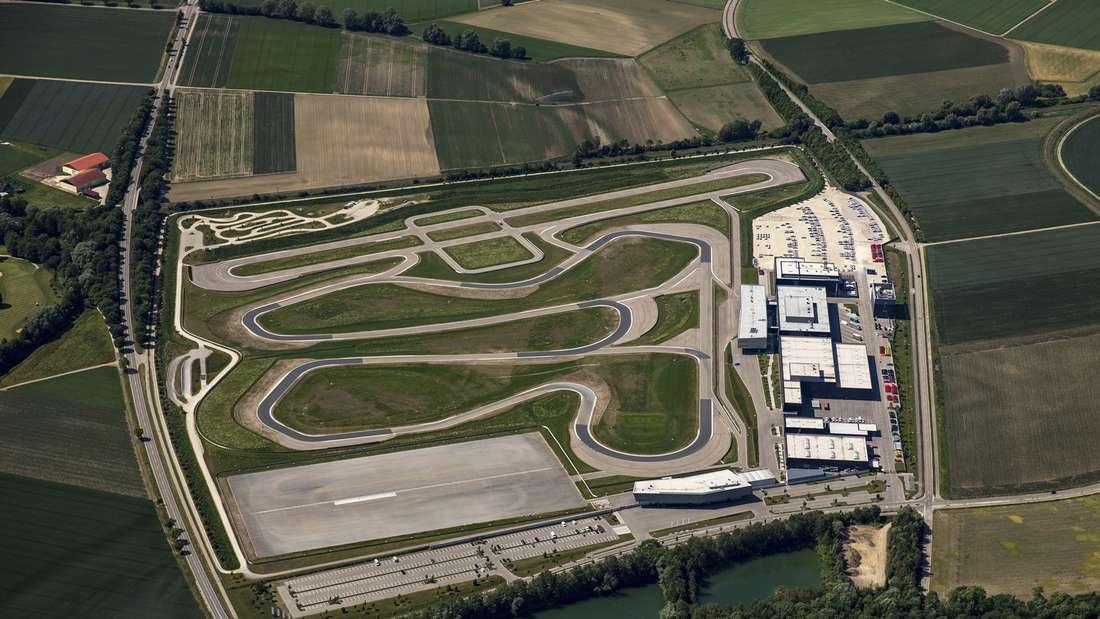 Luftaufnahme des Audi-Testcenters in Neuburg an der Donau.