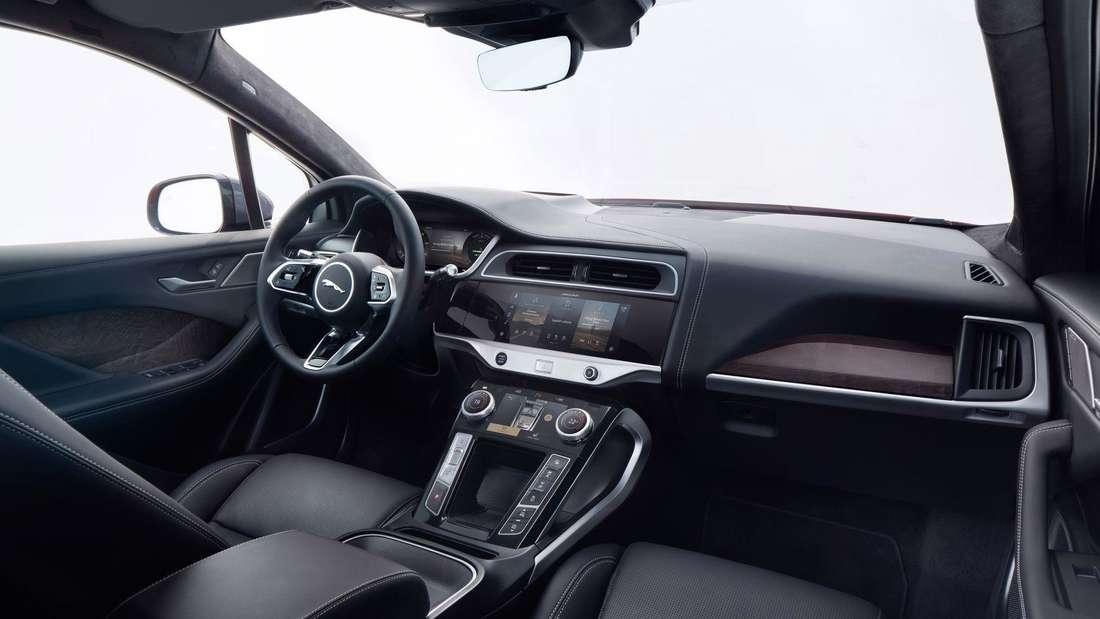 Der Innenraum eines Jaguar I-Pace der ersten Generation nach dem Facelift.