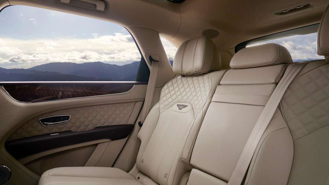 Aufnahme der Rücksitzbank eines Bentley Bentayga