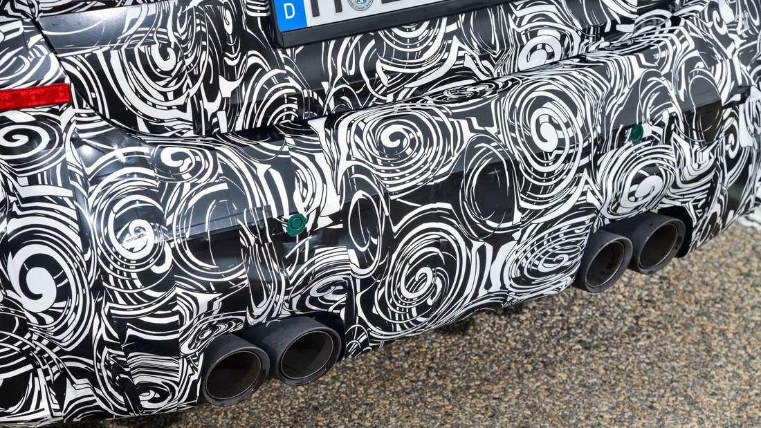 Die vier Auspuffrohre des neuen BMW M3