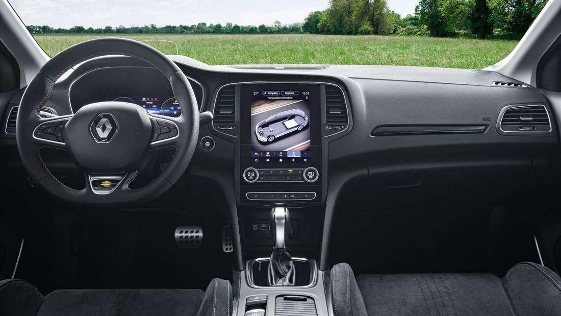 Cockpit-Aufnahme eines Renault Mégane E-Tech Plug-in 160