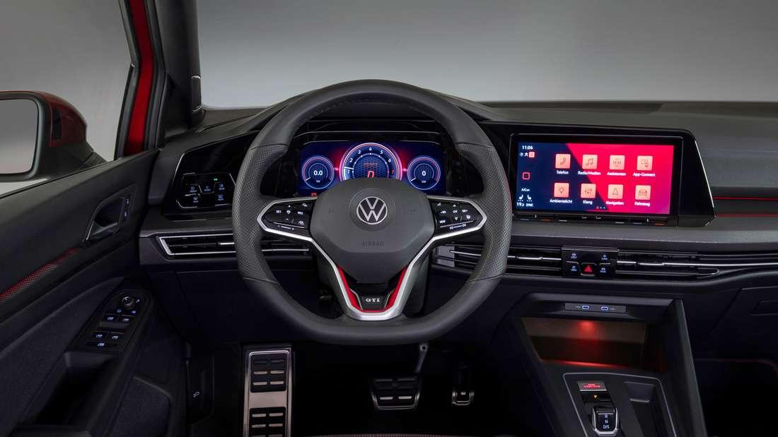 Cockpit-Aufnahme eines VW Golf GTI
