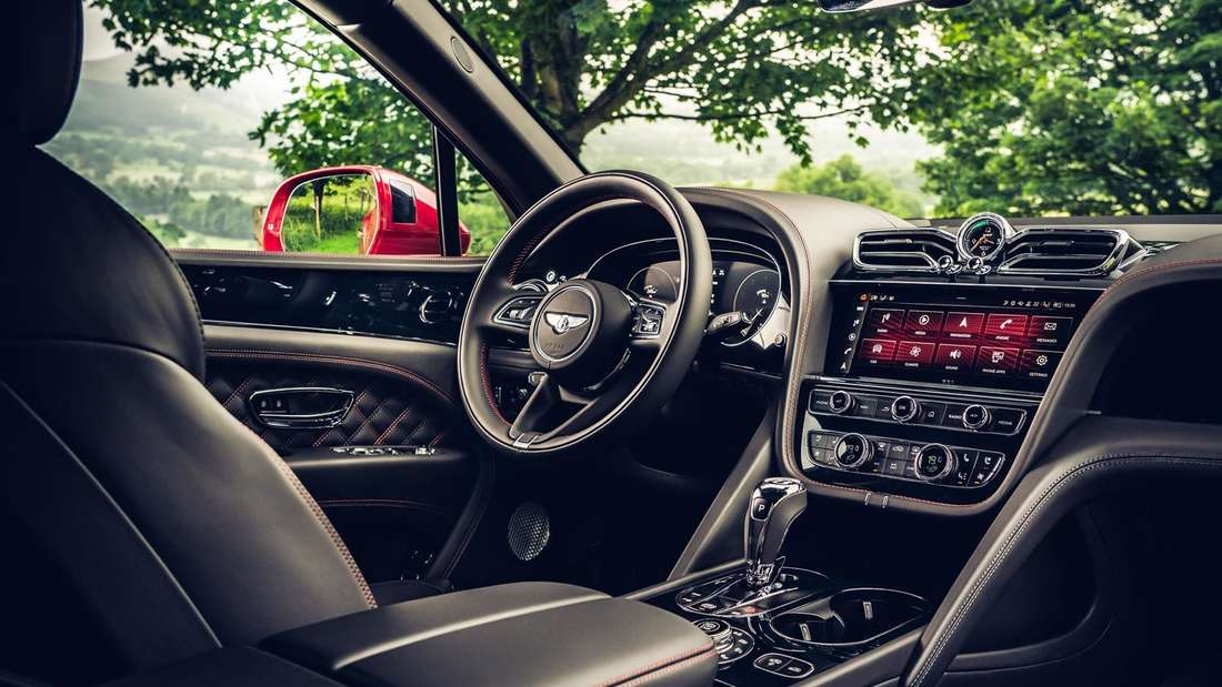 Cockpit-Aufnahme eines Bentley Bentayga