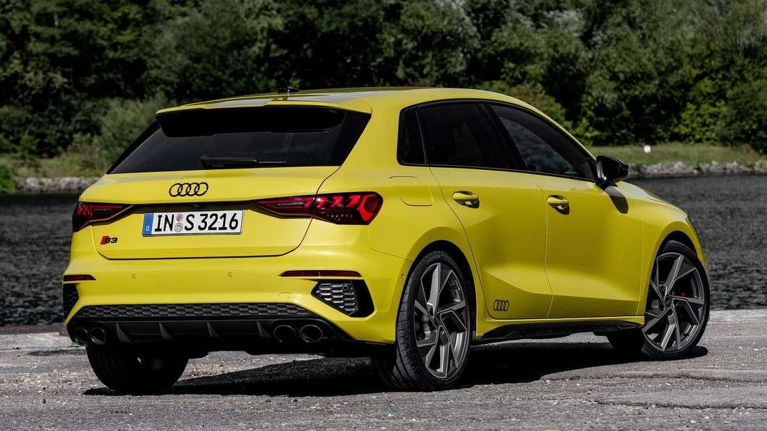 Standaufnahme eines Audi S3 Sportback