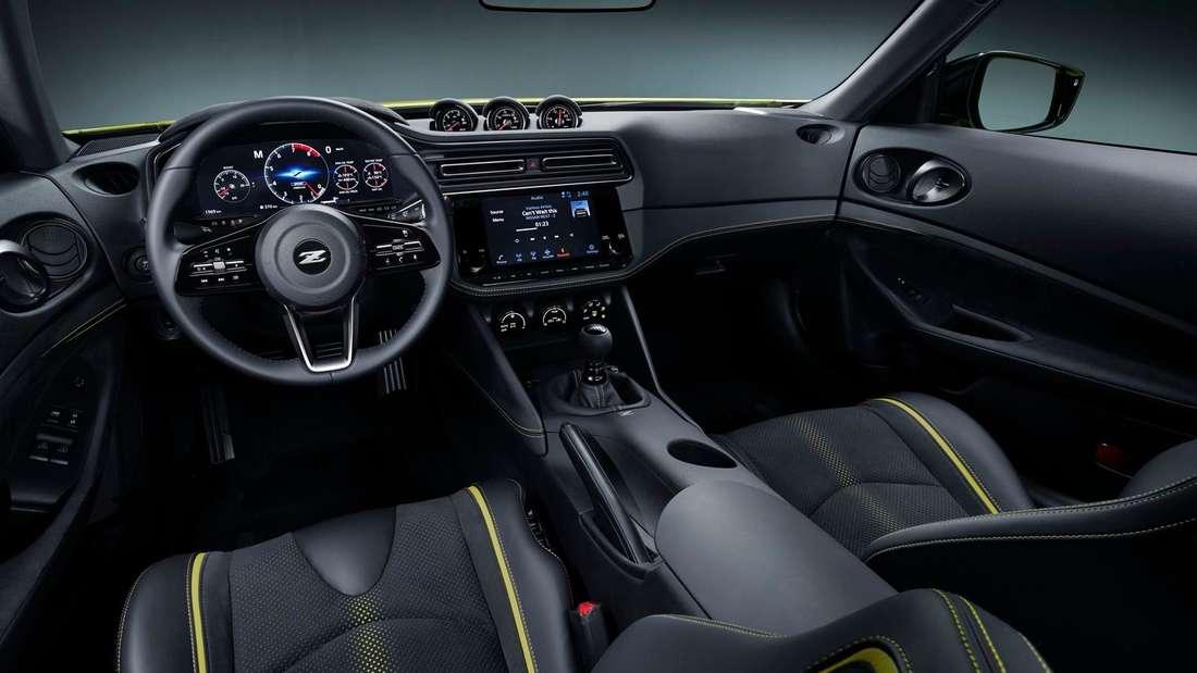 Cockpit-Aufnahme eines Nissan Z