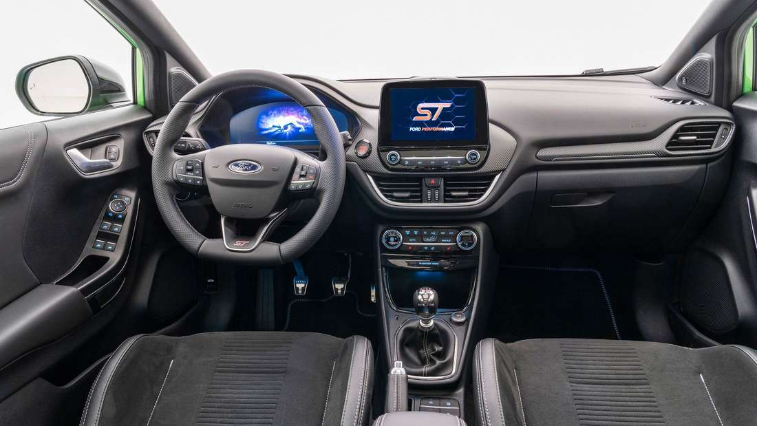 Cockpit-Aufnahme eines Ford Puma ST