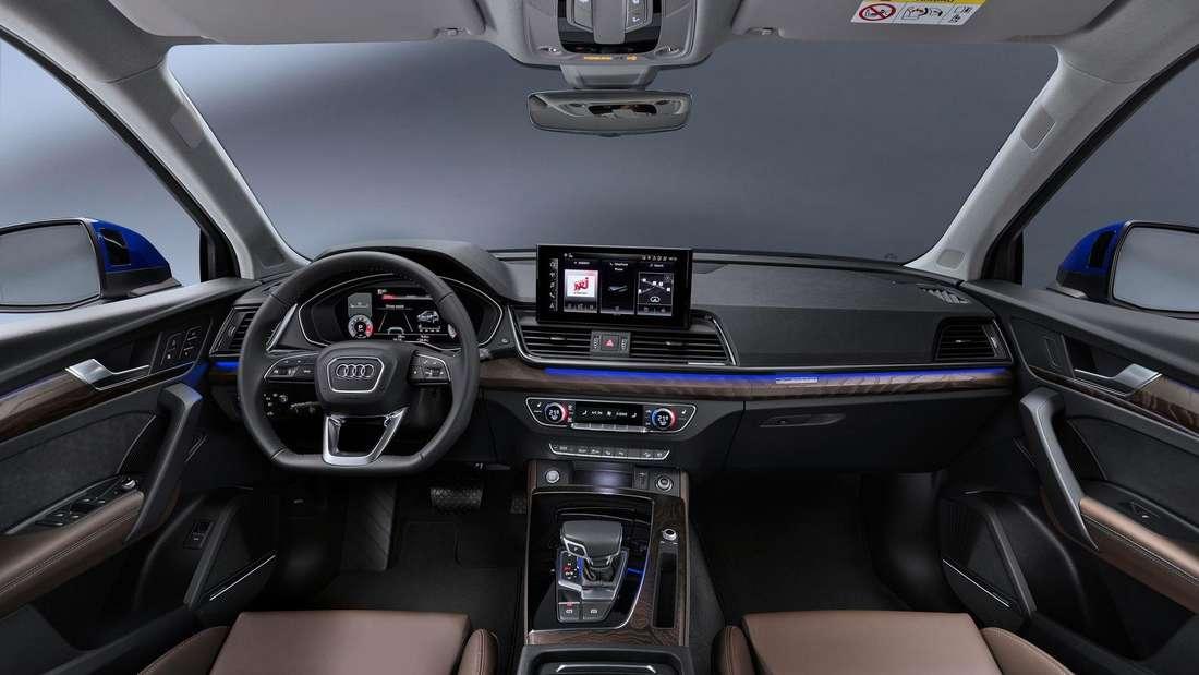 Cockpit-Aufnahme eines Audi Q5 Sportback
