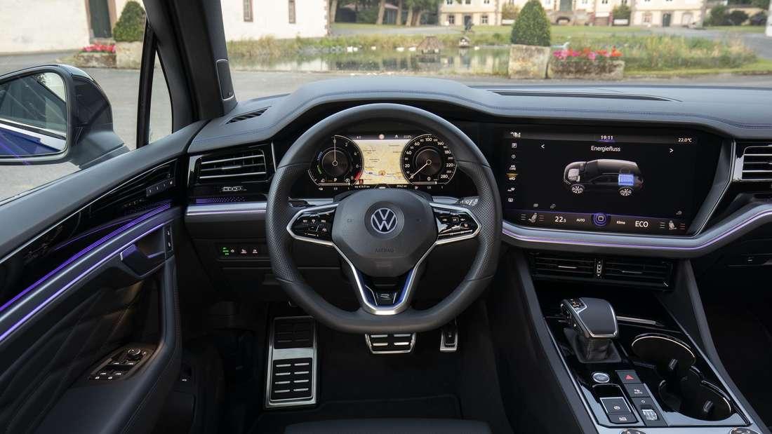 Cockpit-Aufnahme eines VW Touareg R