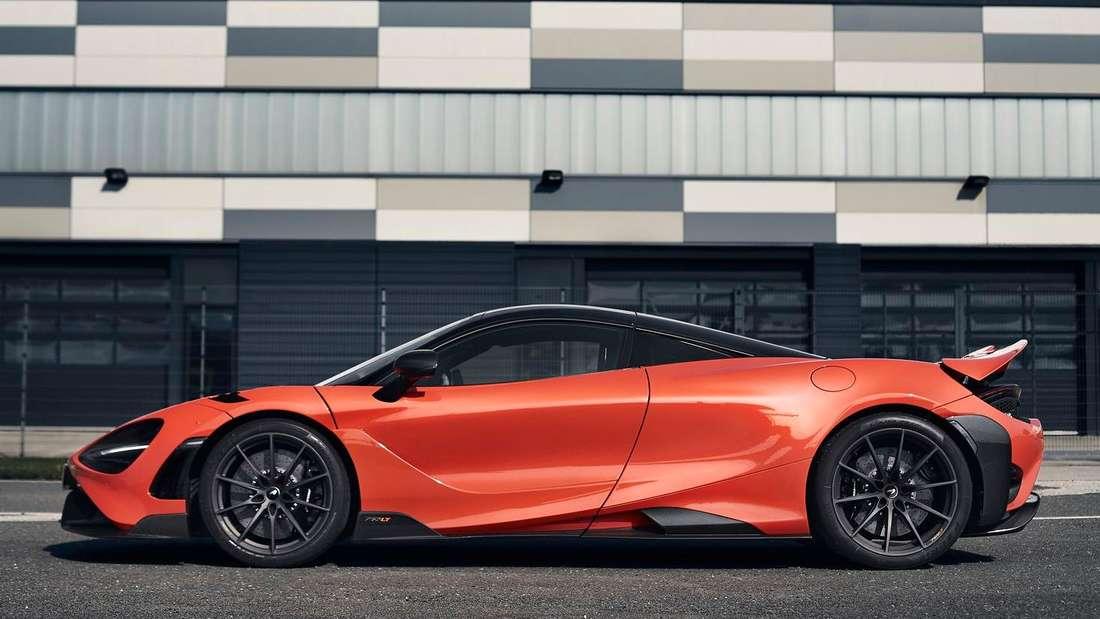 Standaufnahme eines McLaren 765LT im Profil