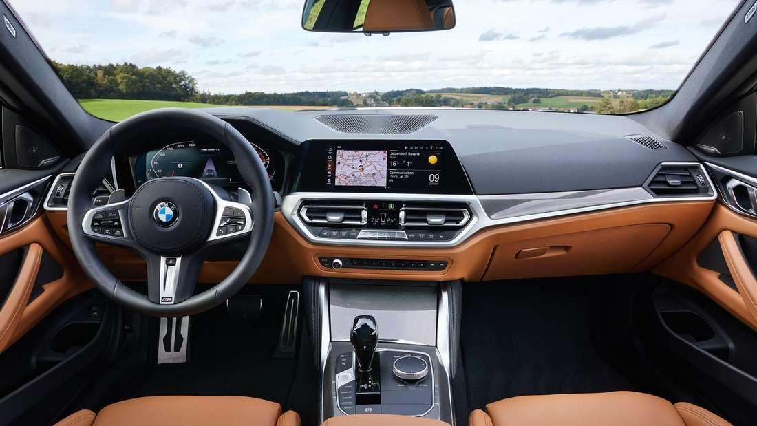 Cockpit-Aufnahme eines BMW M440i xDrive