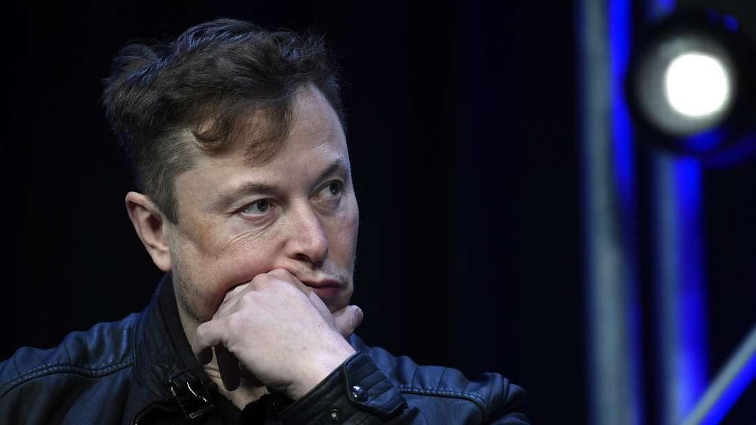 US-Unternehmer Elon Musk macht ein nachdenkliches Gesicht.