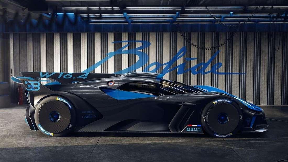 Standaufnahme eines Bugatti Bolide im Profil