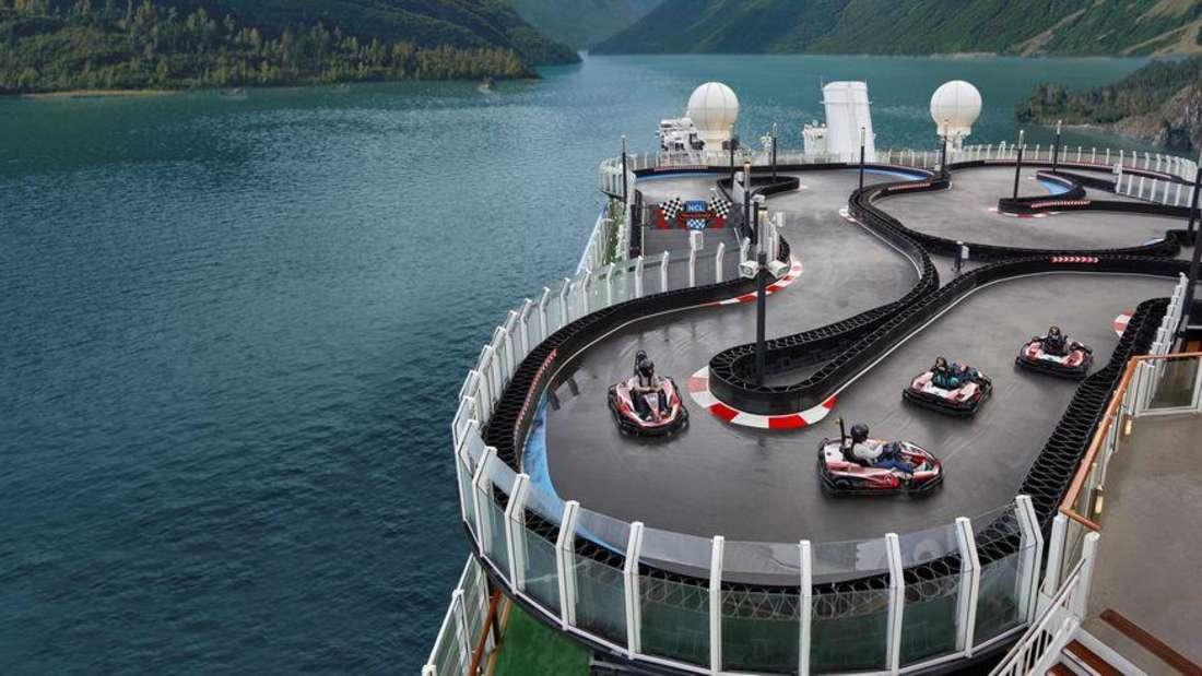 "Die Kartbahn an Bord des Kreuzfahrtschiffes ""Norwegian Encore"""