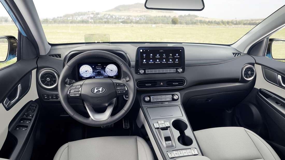 Blick in den Innenraum eines Hyundai Kona Electric