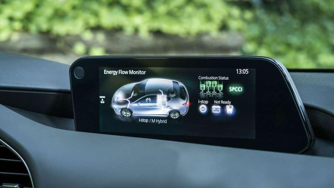 Der Touchscreen des Mazda 3.