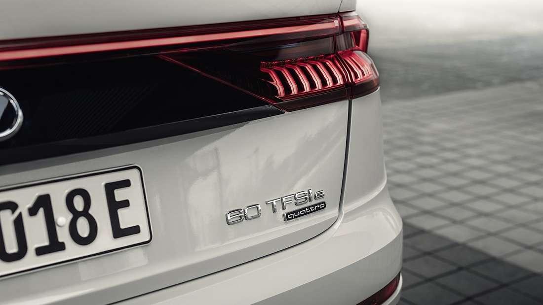 Das Heck eines Audi Q8 60 TFSIe quattro