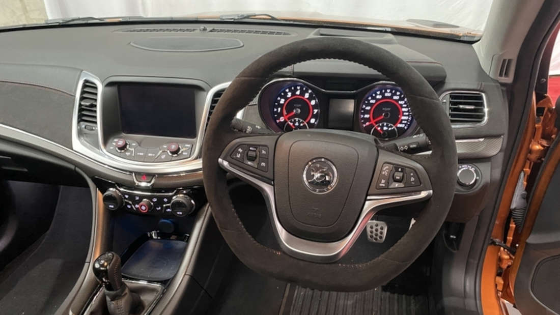 Blick in den Innenraum des HSV GTSR Maloo W1
