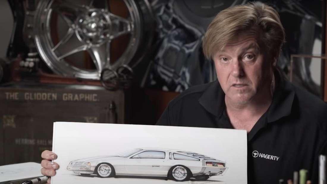 US-Designer Chip Foose mit seinem Entwurf des DeLorean DMC-12
