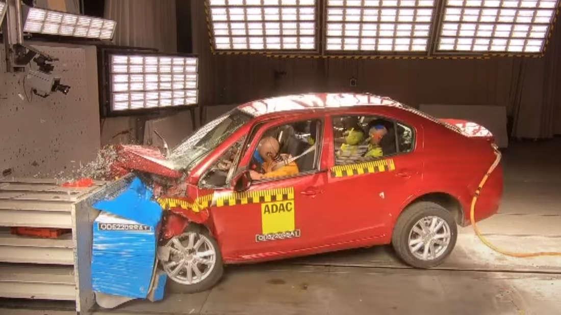 Ein Suda SA01 im ADAC-Crashtest