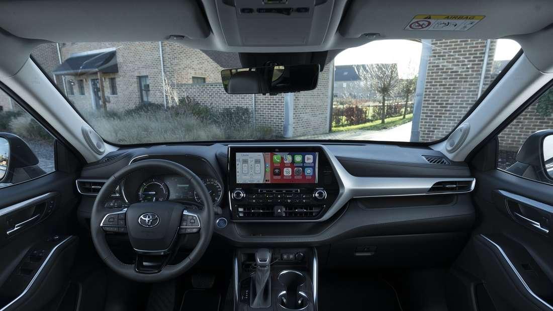 Blick in den Innenraum eines Toyota Highlander