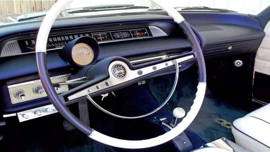 Der Innenraum des 1963er Chevrolet Impala von Kobe Bryant