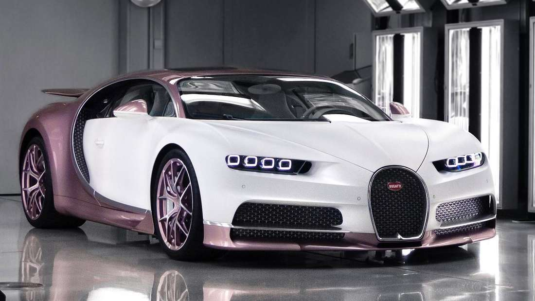 Ein eigens zum Valentinstag individualisierter Bugatti Chiron Sport