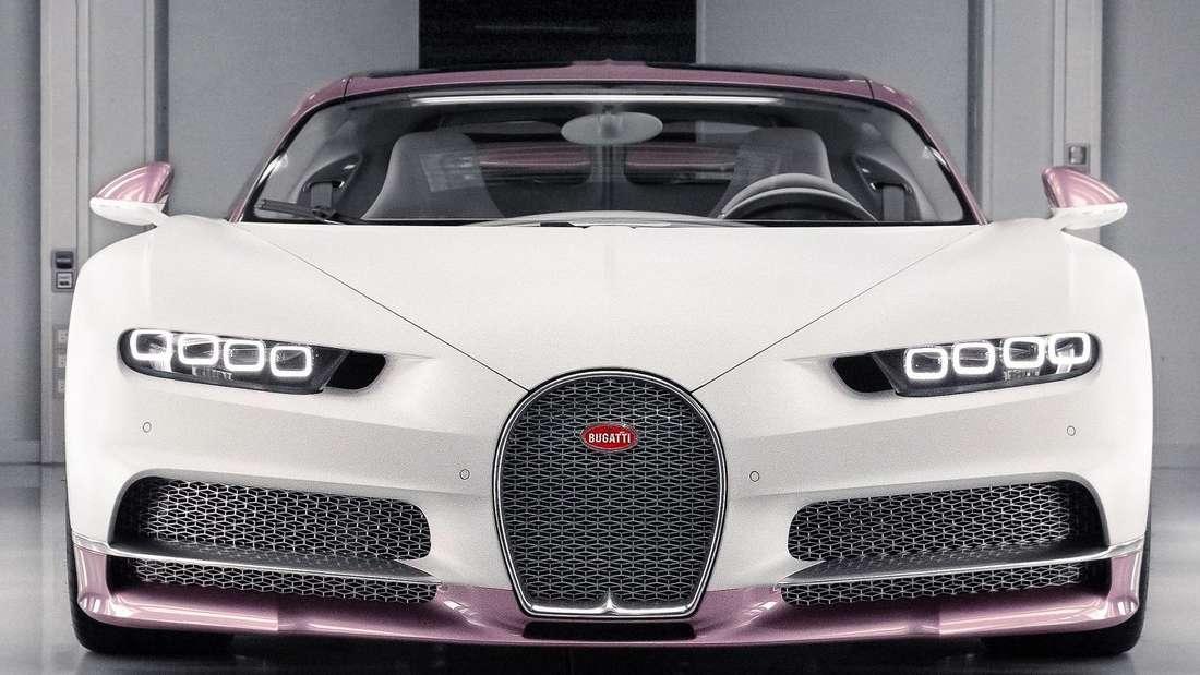 Ein eigens zum Valentinstag individualisierter Bugatti Chiron Sport von vorne