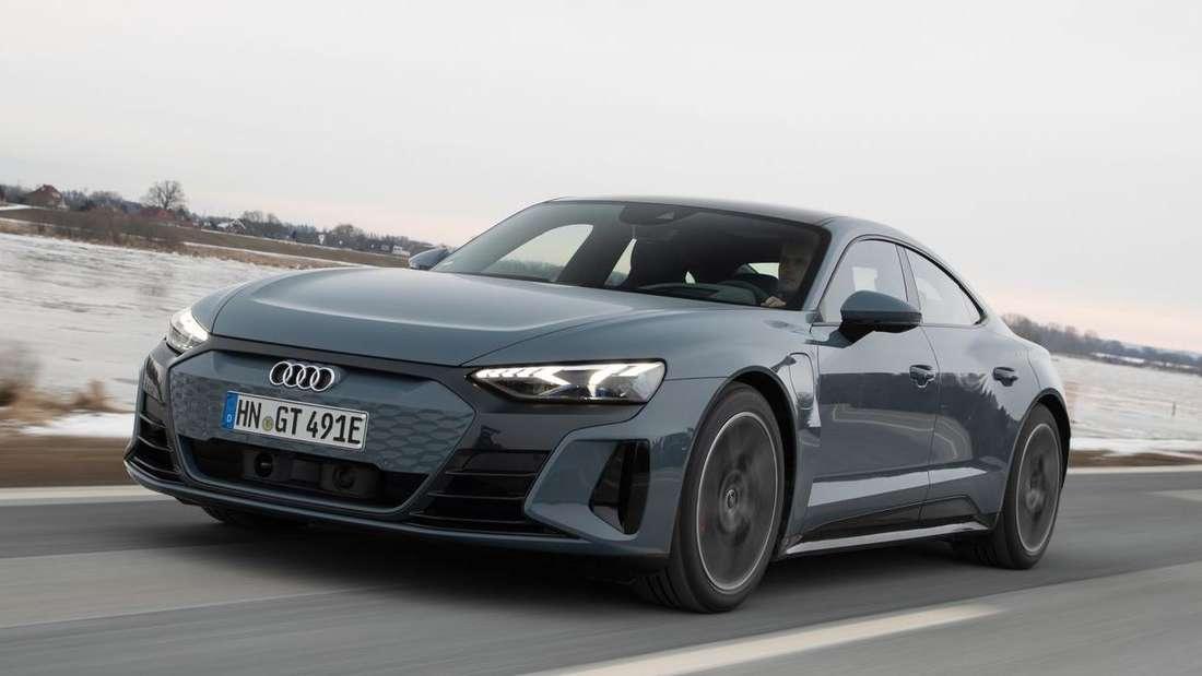 Der Audi RS e-tron GT von vorne