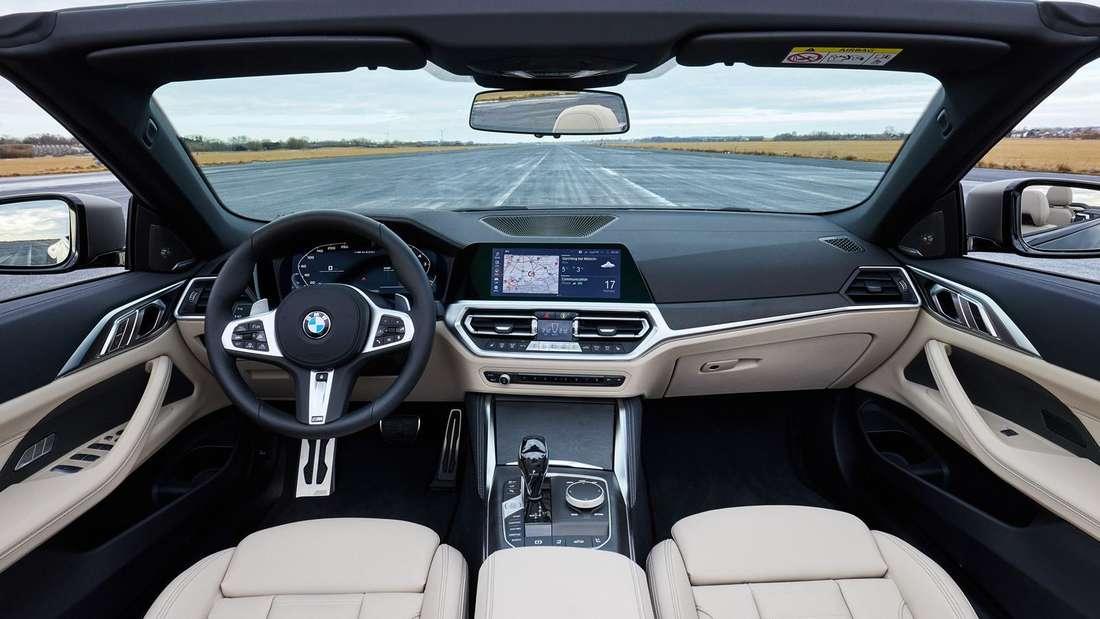 Blick ins Cockpit des BMW 440i Cabrio