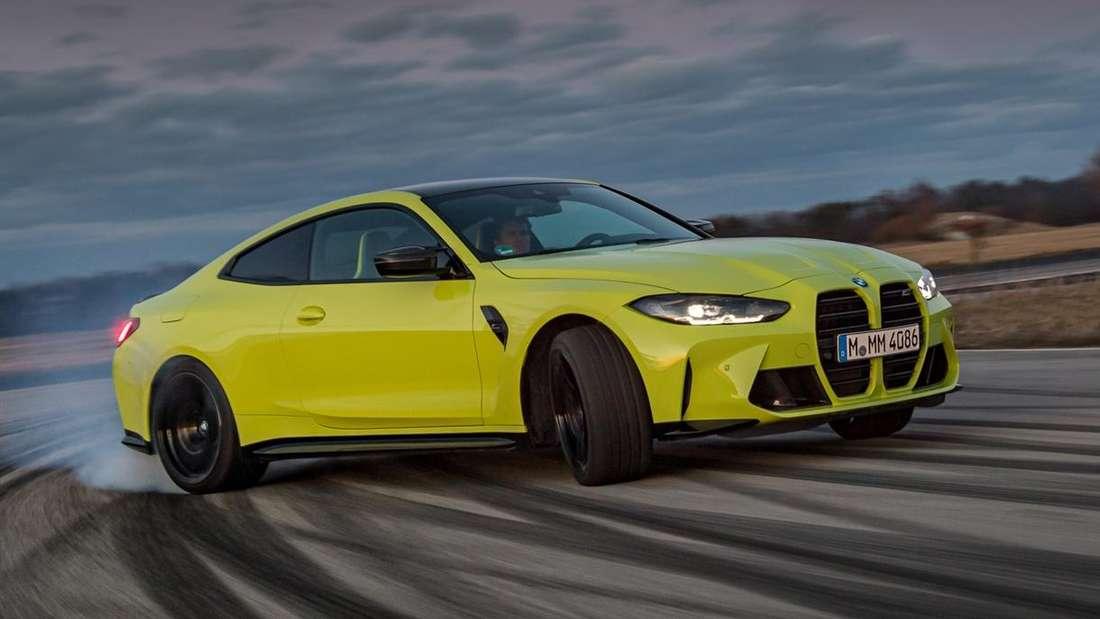 Fahraufnahme eines BMW M4 Competition