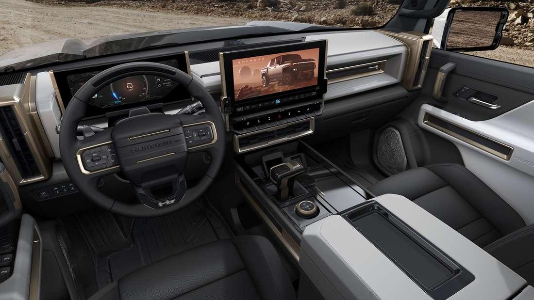 Blick in den Innenraum des GMC Hummer EV