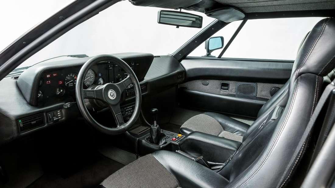 Blick in den Innenraum eines BMW M1