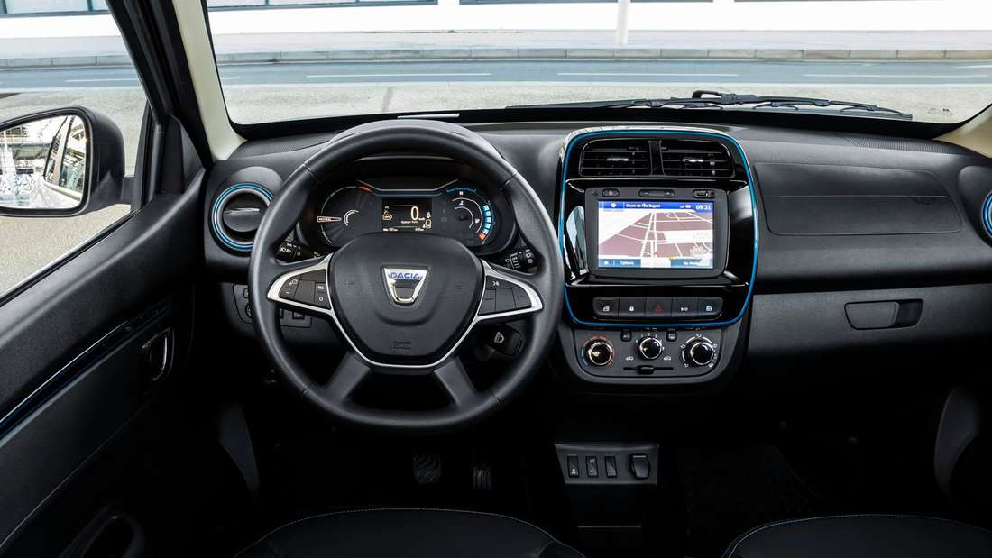 Blick in den Innenraum eines Dacia Spring Electric