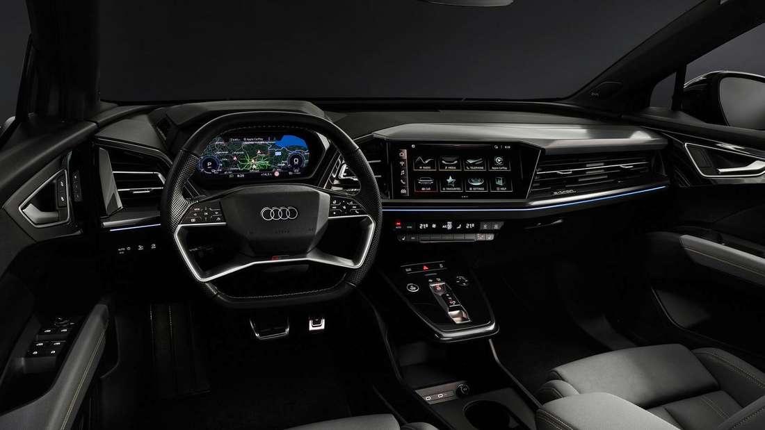 Der vordere Teil des Innenraums und das Cockpit im Audi Q4 e-tron