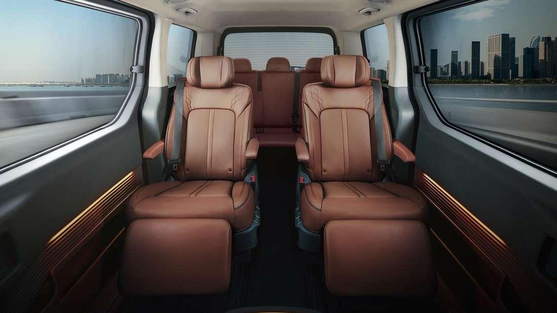 Blick in den Innenraum eines Hyundai Staria