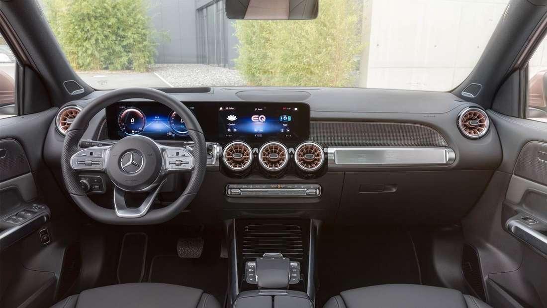 Blick in den Innenraum des Mercedes EQB