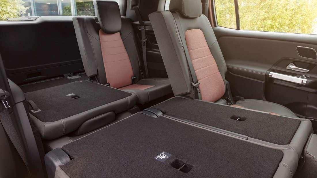 Blick in den Innenraum eines Mercedes EQB
