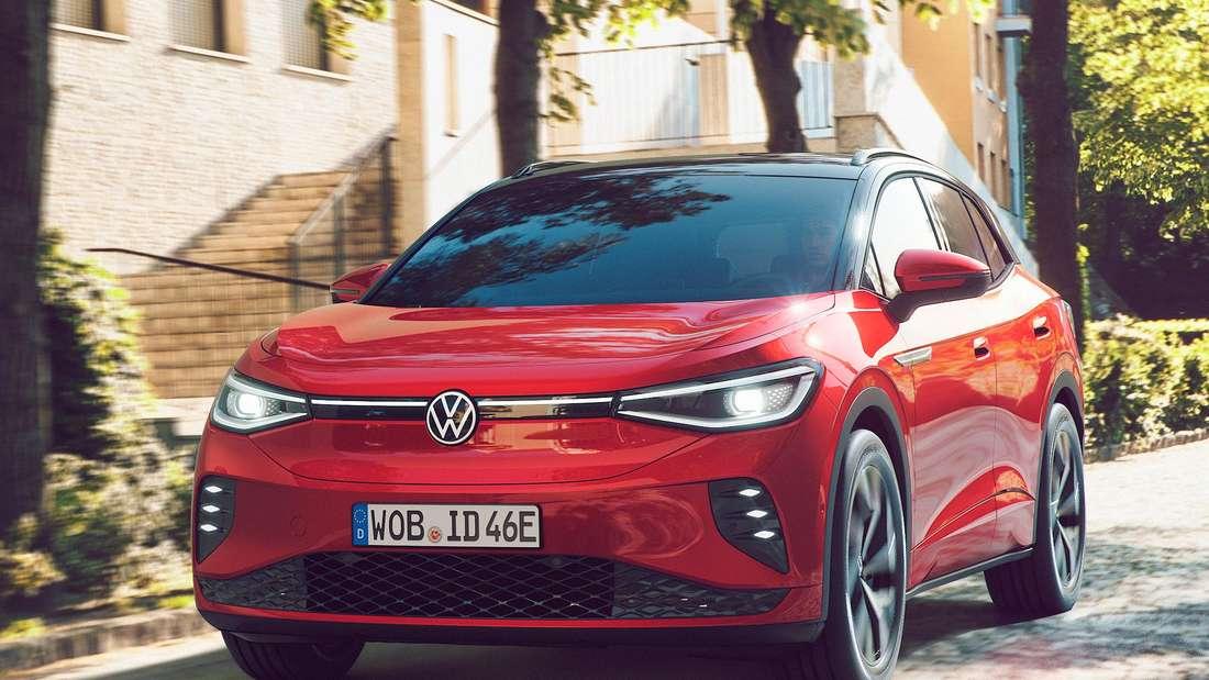 Fahraufnahme eines VW ID.4 GTX