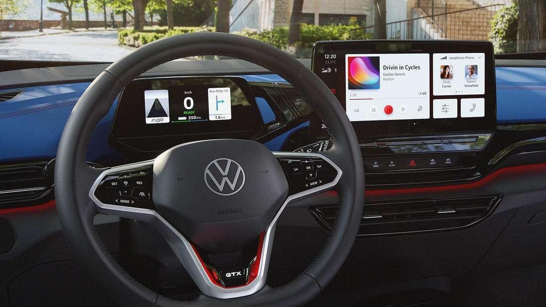 Blick ins Cockpit eines VW ID.4 GTX