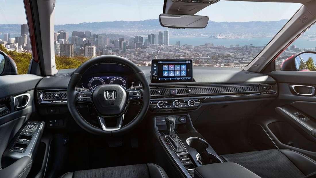 Blick in den Innenraum eines Honda Civic
