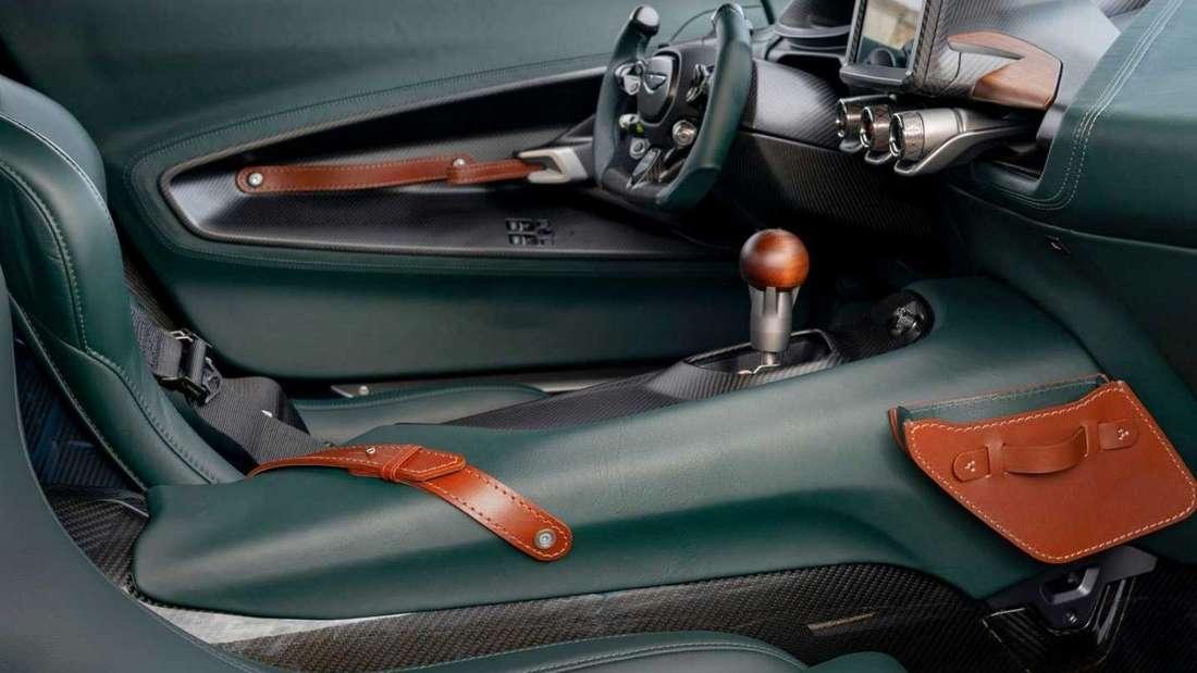 Das edle Interieur des Aston Martin Victor