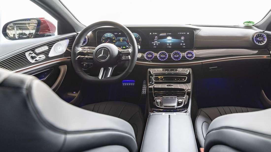 Cockpit des Mercedes-Benz CLS 300 d