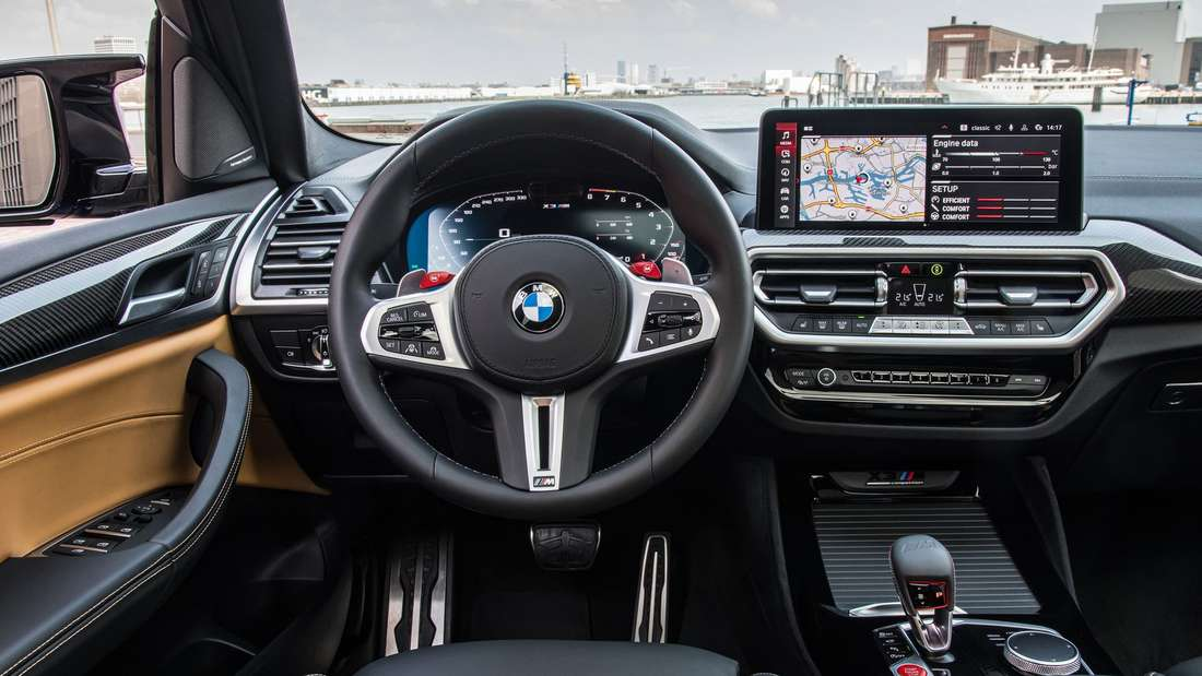 Das Cockpit des BMW X3 M Competition Facelift 2021
