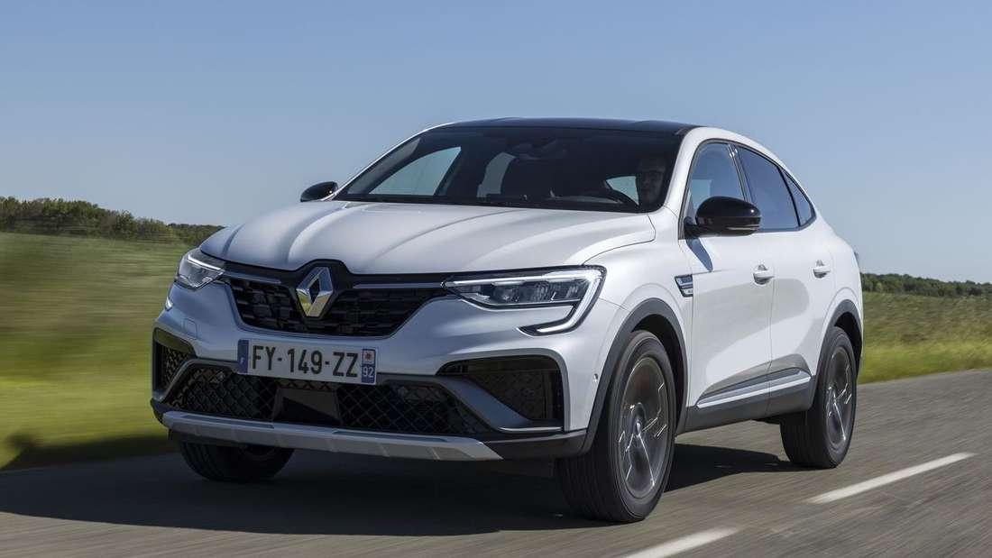 Renault Arkana E-Tech Hybrid 145, fahrend