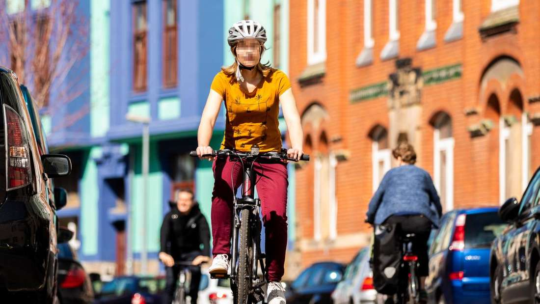 Radfahrer in einer Stadt. (Symbolbild)